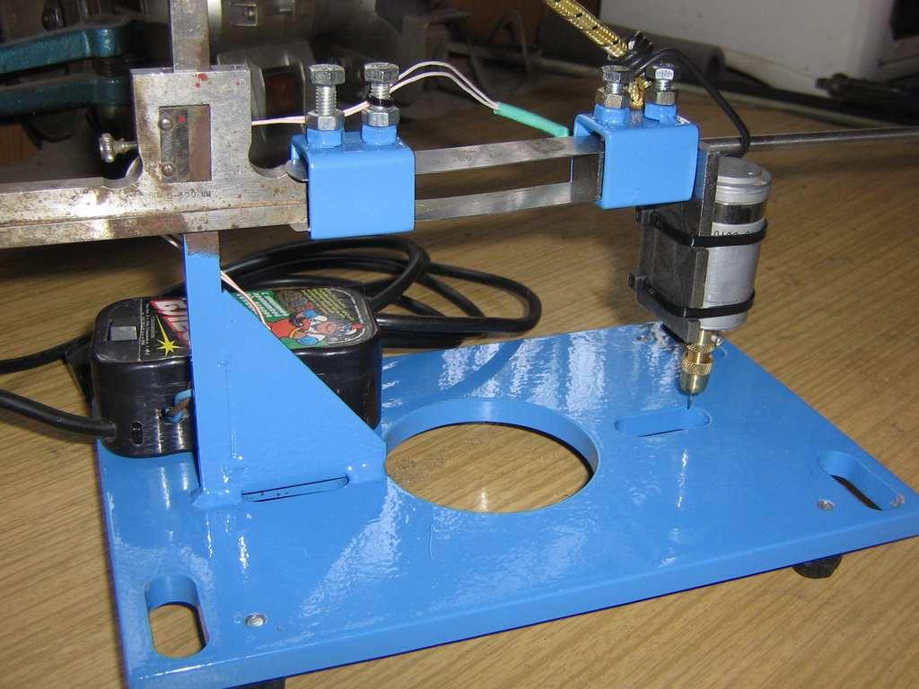 Сверлильный станок печатных плат своими руками